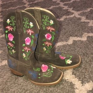 Girls size 1 roper boots